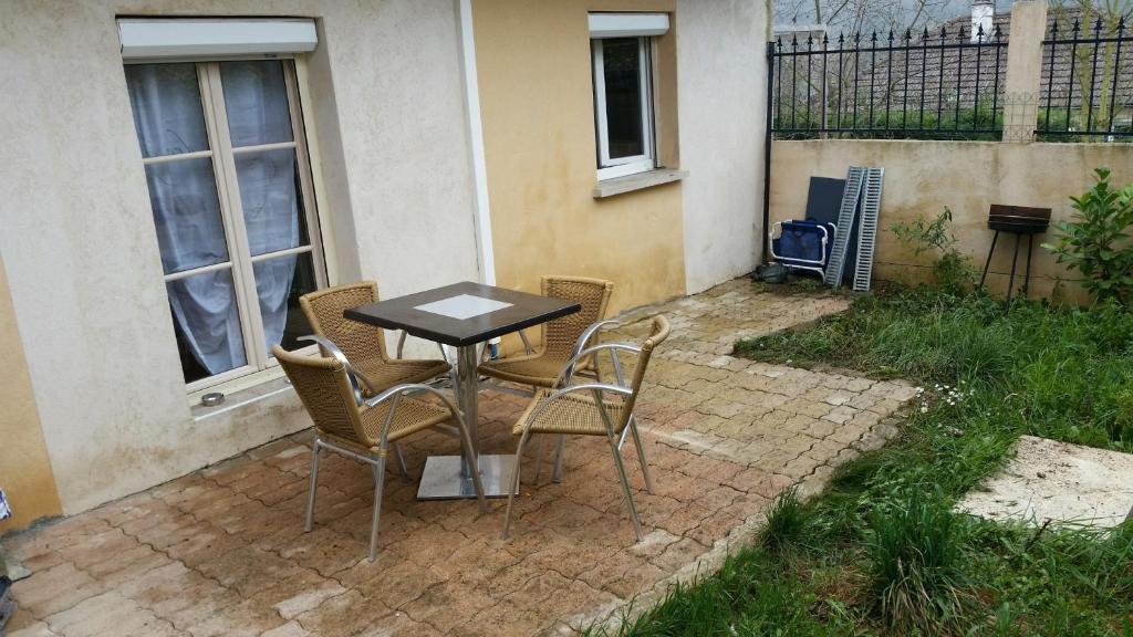 Apartments In Poncey-sur-l'ignon Burgundy