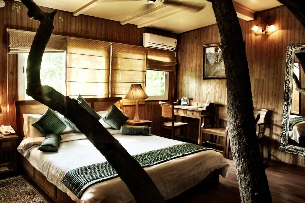 tree house resort. Tree House Resort H