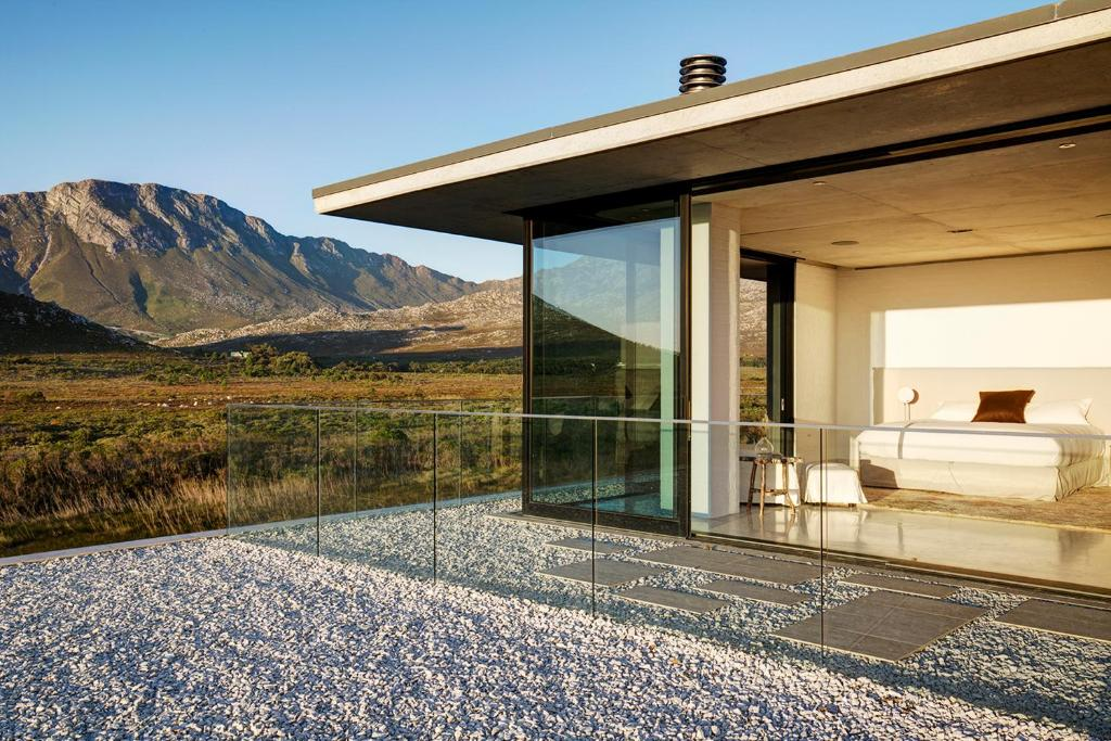 Vacation Home Restio River House, Pringle Bay, South Africa ... on flower house designs, winter house designs, modern front house elevation designs, rapid house designs, canal house designs, large tree house designs, north house designs, hut house designs, current house designs, river style homes, wildlife house designs, beautiful tree house designs, woods house designs, sunset house designs, river island homes, banished house designs, bridge house designs, house house designs, tidewater designs, twelfth house designs,