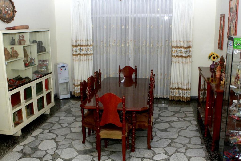 Pension Lynik La Casa de Blanca (Peru Lima) - Booking.com