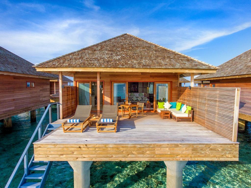 overwater bungalow sun deck