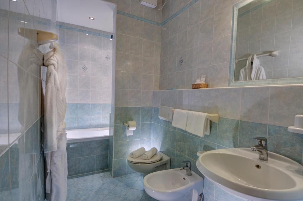 Hotel Terme Belsoggiorno, Abano Terme, Italy - Booking.com