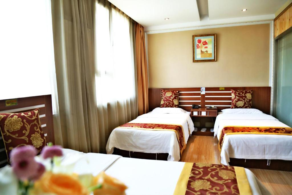 Daisy Apartment Hotel - room photo 11409237