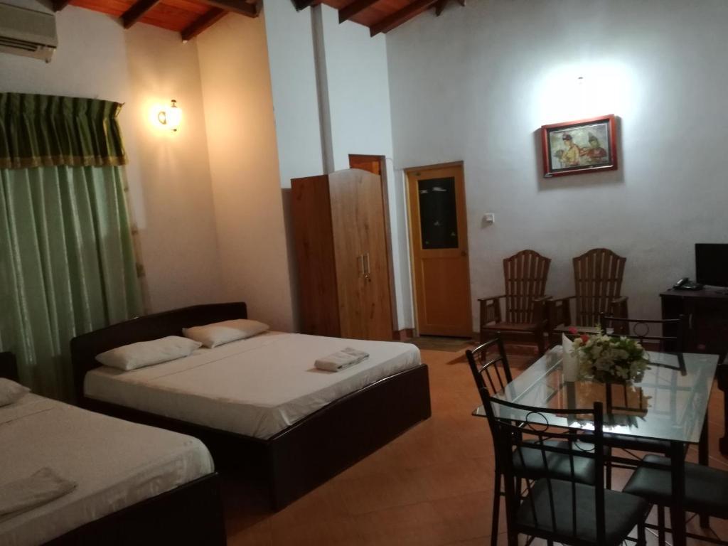 Hotel Sandaliyan, Mawanella, Sri Lanka - Booking.com