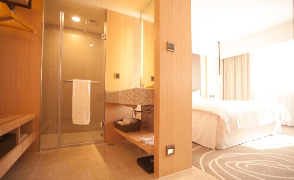Inn by the Village, Taitung City, Taiwan - Booking.com