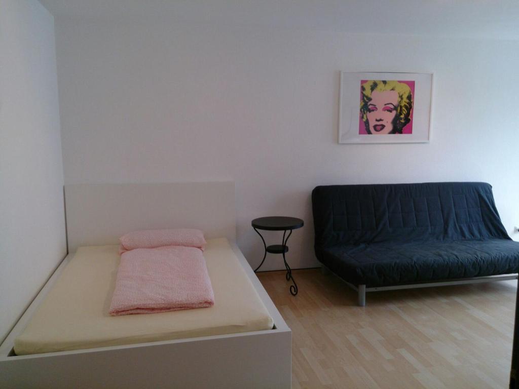 Schönes Apartment Rosental, Dortmund, Germany - Booking.com