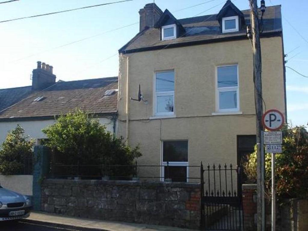 cork city apartment ireland booking