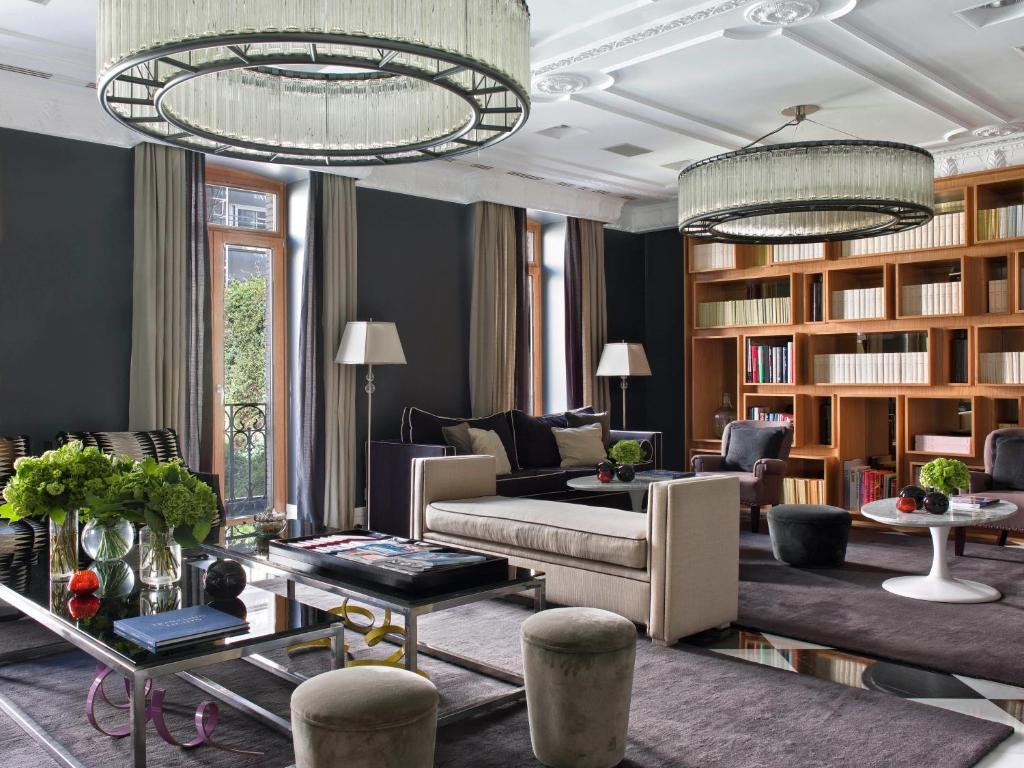 boutique hotels in madrid  113