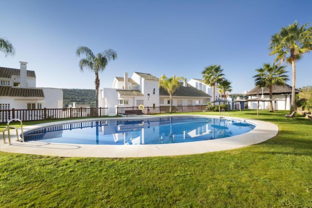 Bonita foto de Albayt Nueva Alcaidesa Apartments