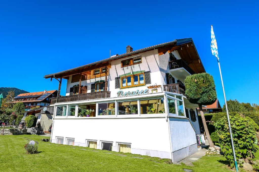 Pension Bergsee (Deutschland Bad Wiessee) - Booking.com