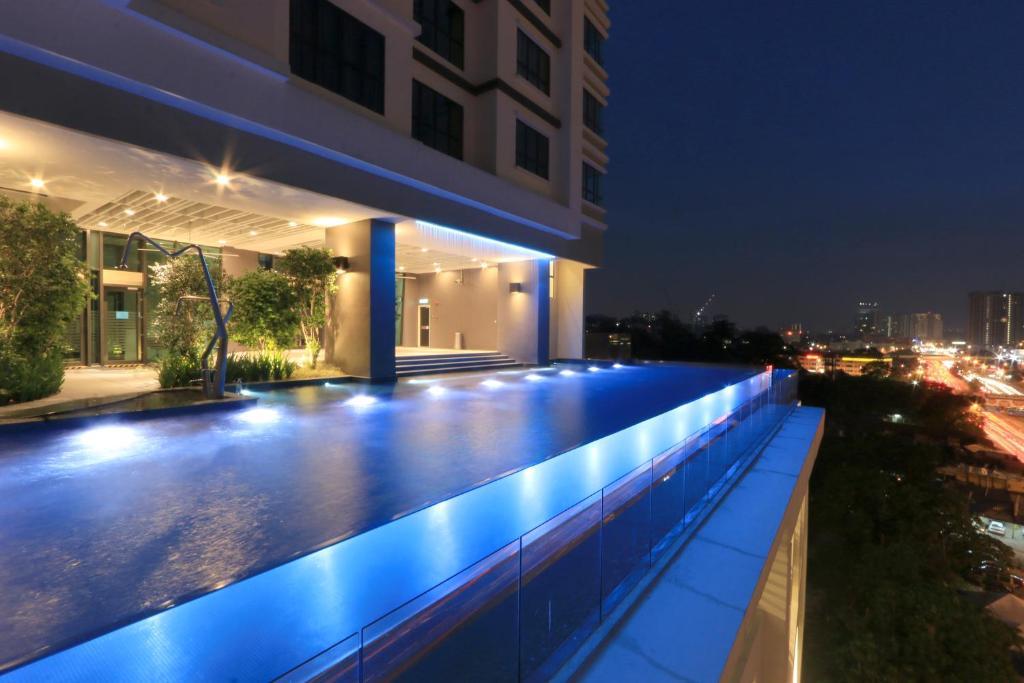 Apartment Pine Cone Avantas Mid Valley Kuala Lumpur Malaysia