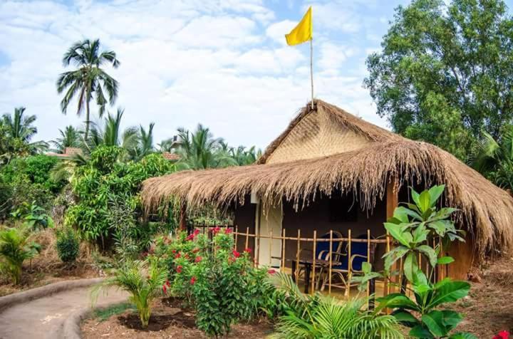 Hotel Banyan Tree Yoga Mandrem India Booking Com