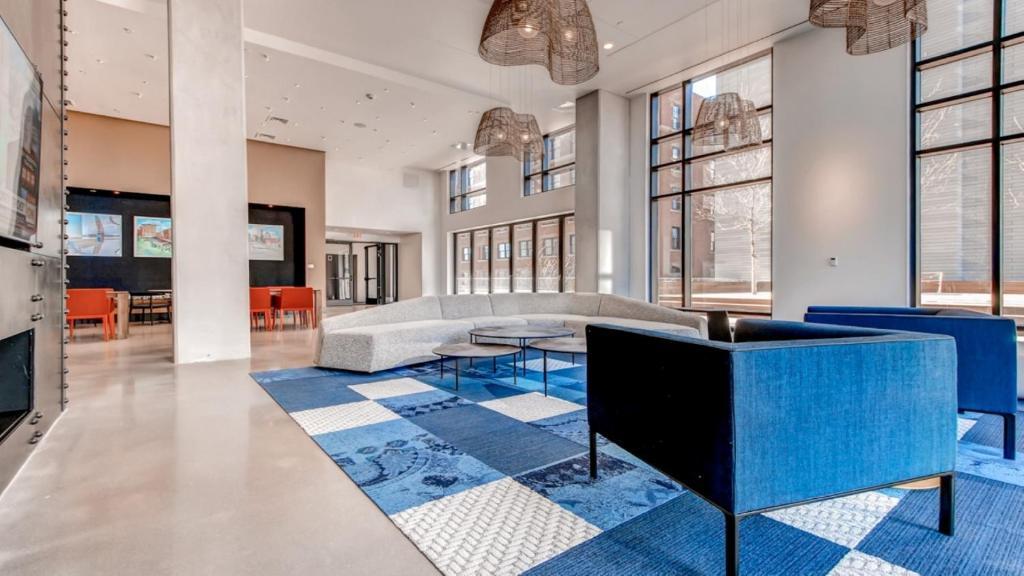 Luxury Apartments Bcec Boston MA