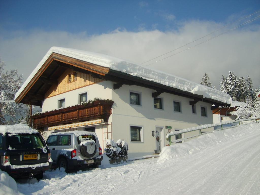 Pension Feichter during the winter