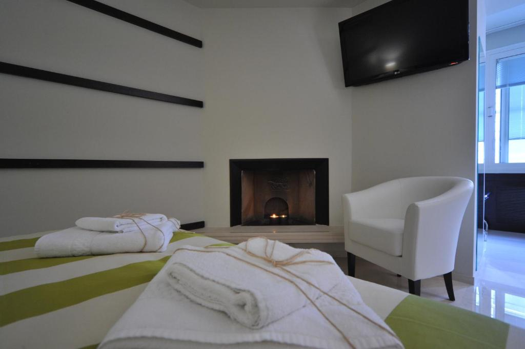Bed And Breakfast Gatto Bianco House Bari Italy Bookingcom