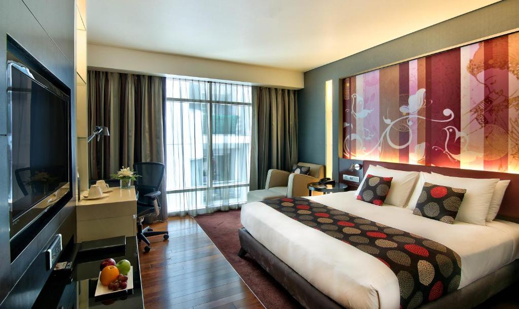 A room at Park Plaza Bangkok Soi 18
