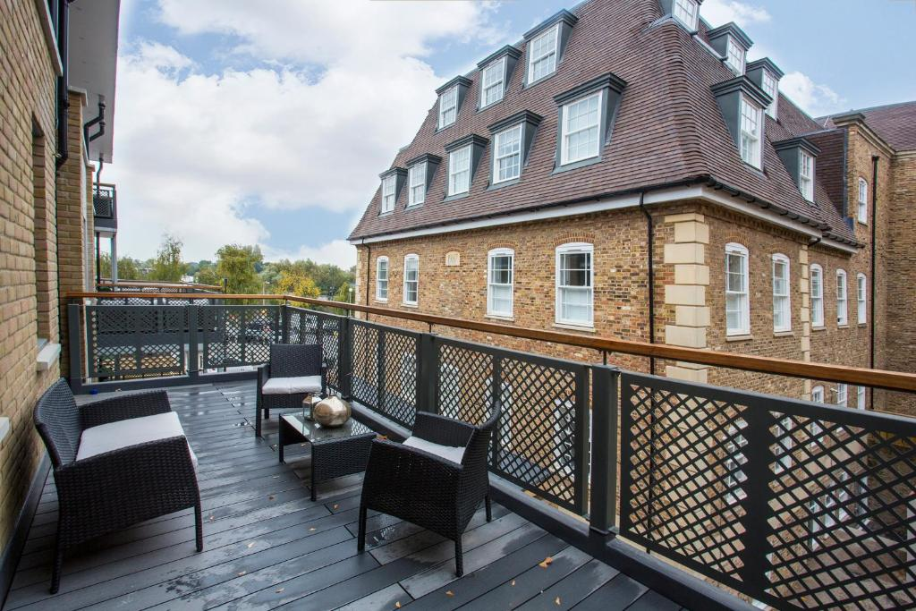 Lux London >> Apartment Lux London Albany Court Uk Booking Com