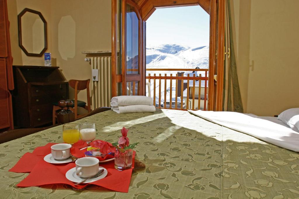 Camera Matrimoniale A Prato.Hotel Galassia Italia Prato Nevoso Booking Com