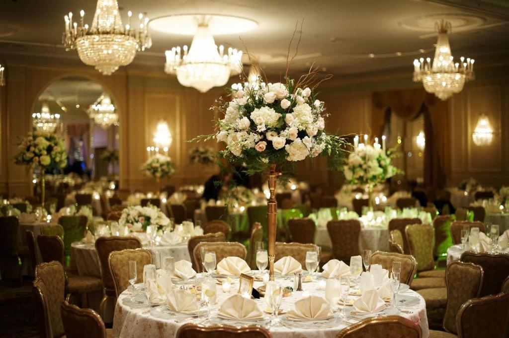 Hotel Hilton Philadelphia City Avenue Pa Booking