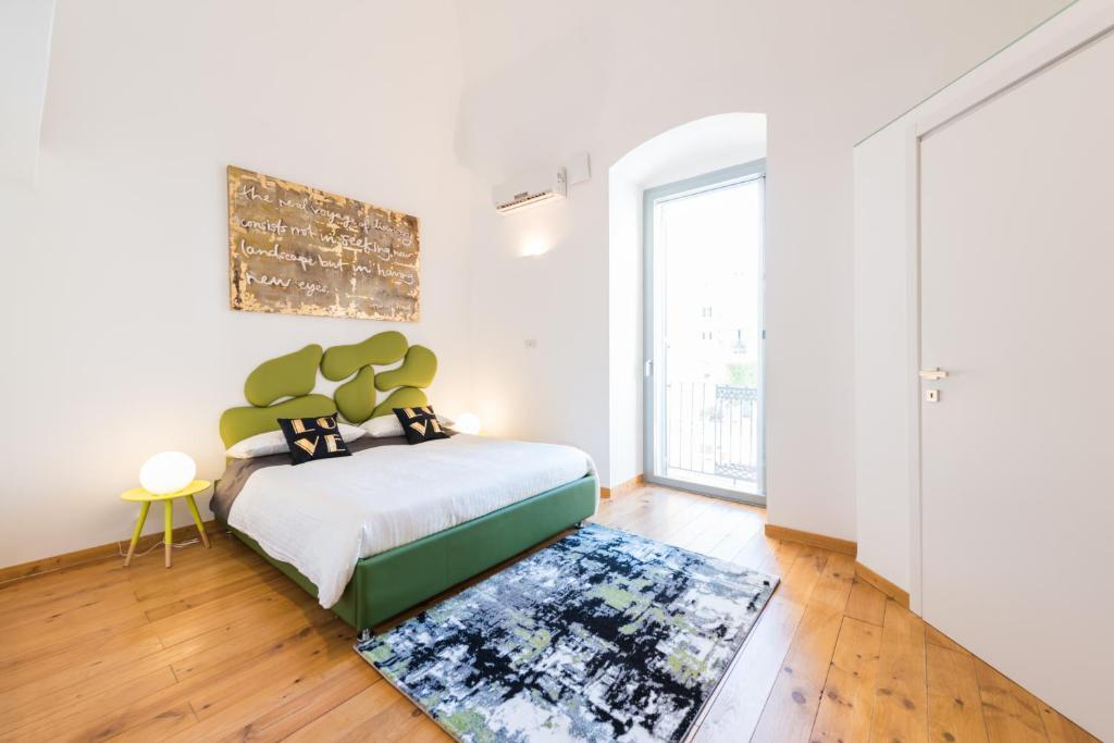 Apartment Art Loft M8 Bari City Centre, Italy - Booking.com
