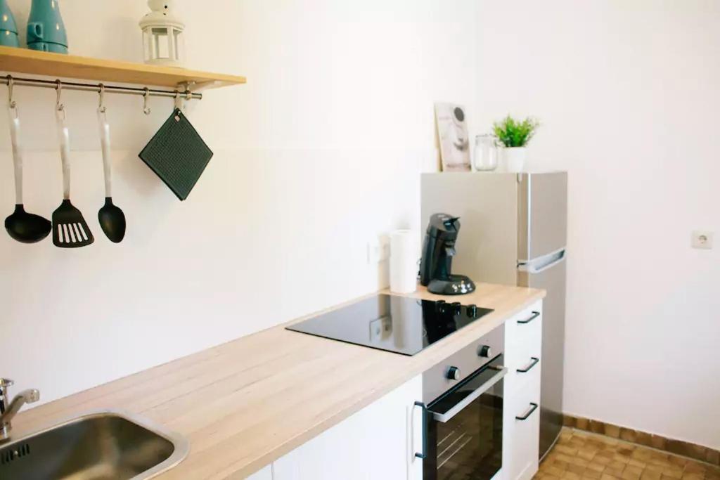 ferienwohnung 2 zimmer wohnung in mainz lerchenberg n he zdf deutschland mainz. Black Bedroom Furniture Sets. Home Design Ideas