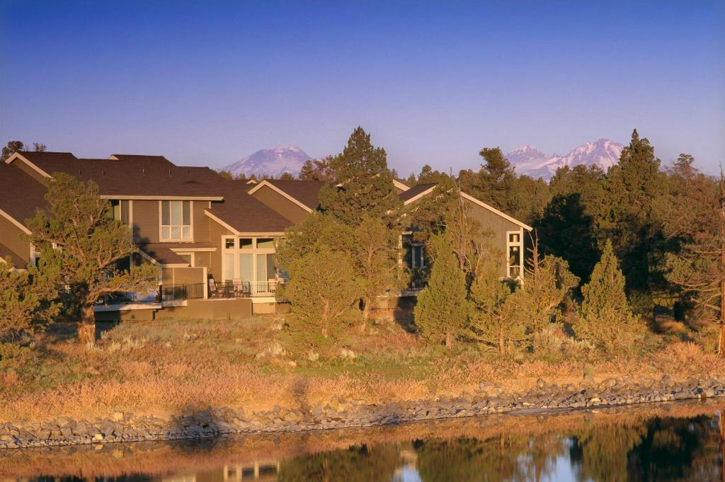 Nearby hotel : Eagle Crest Resort Vacation Rentals