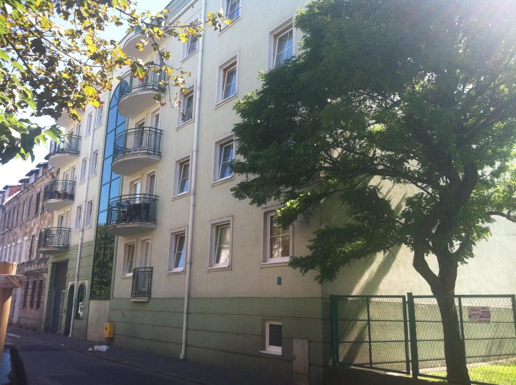 Blue Apartment close to Old Town