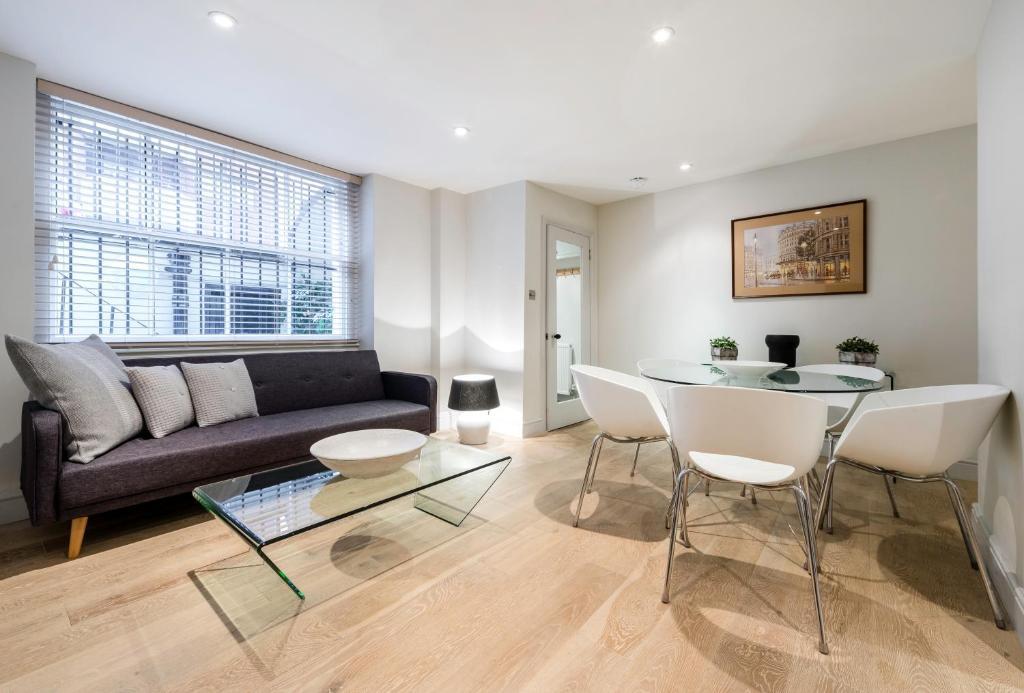Quintessential Notting Hill Apartment, London, UK - Booking.com