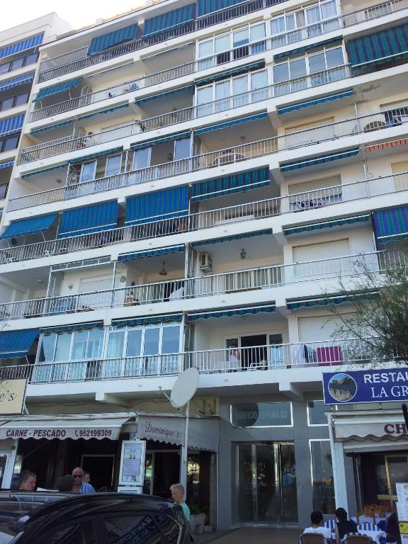 Frontbeach apartment in los Boliches imagen
