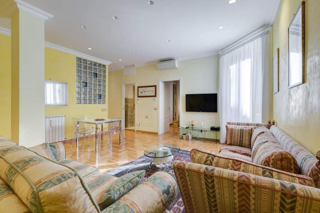 Apartman Annibaliano Luxury Suite (Italija Rim) - Booking.com