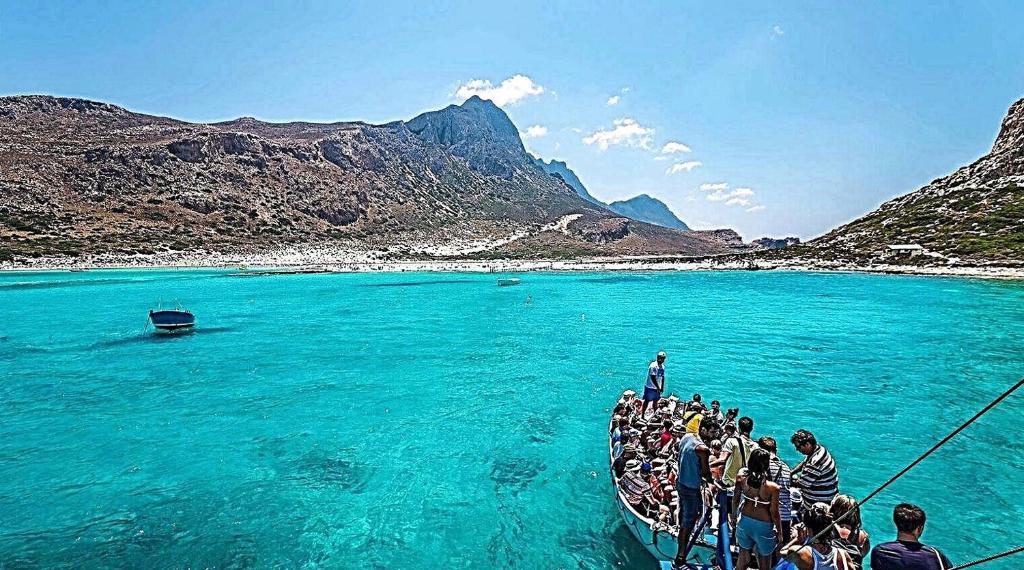 Бунгало в остров Ставрос у моря