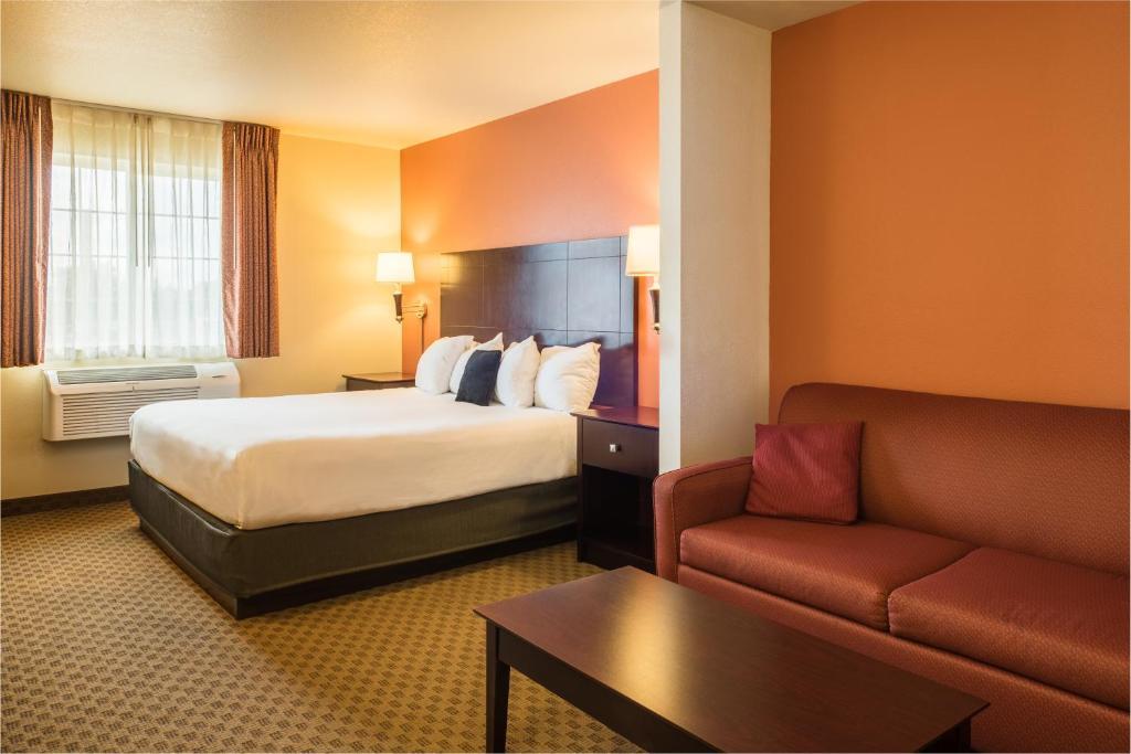 Red Lion Inn Suites Eugene Standard Room 1 King Bed