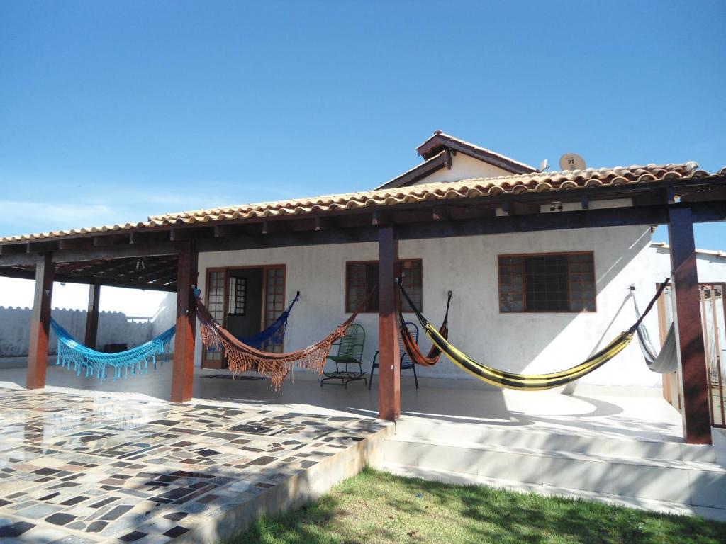 Casa o chalet casa veraneio chapada brasil chapada dos for Booking casas