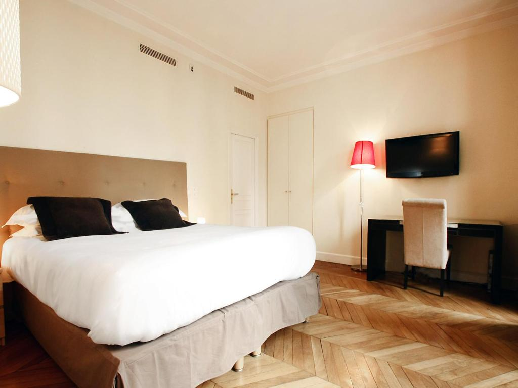 Studio apartment paris france for All paris apartments