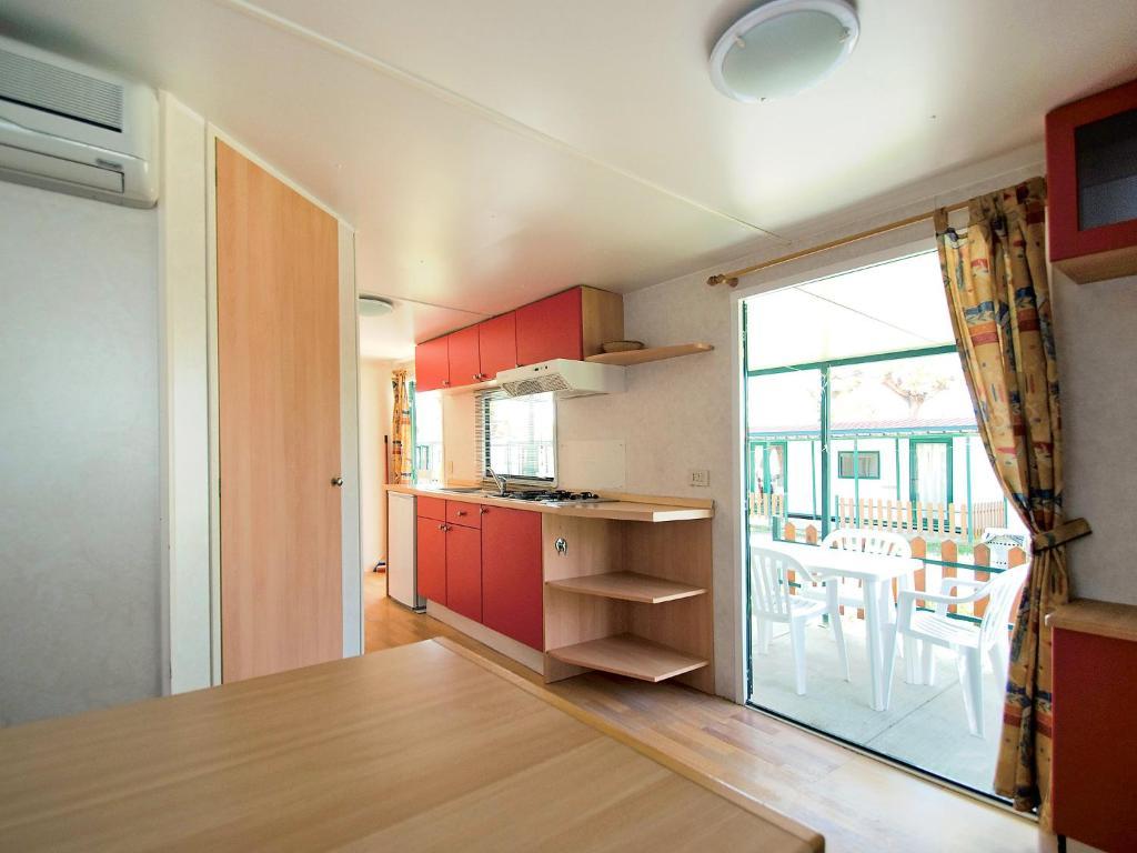 Furniture Village Dante locazione turistica camping classe village.4, lido di dante, italy