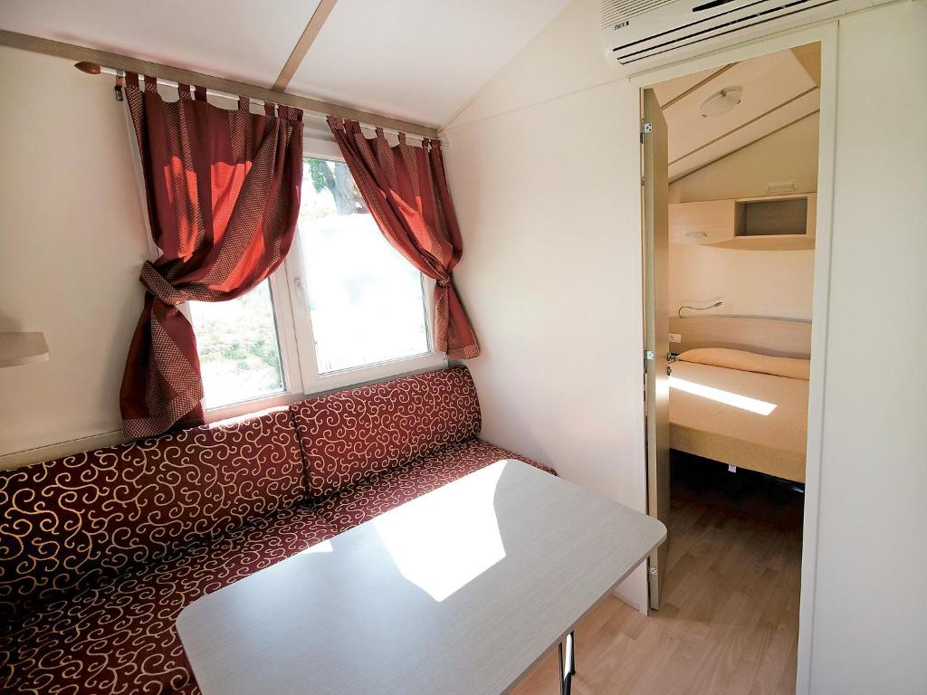 Furniture Village Dante locazione turistica camping classe village.2, lido di dante, italy