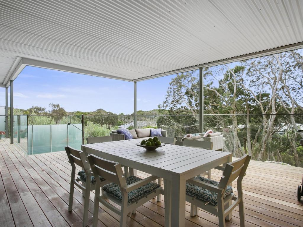 Lansdowne villa with swimming pool blairgowrie - Hotels in lansdowne with swimming pool ...