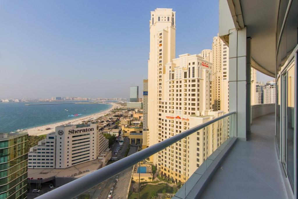 Apartment signature luxury holidays dorra b dubai uae for Luxury holidays in dubai