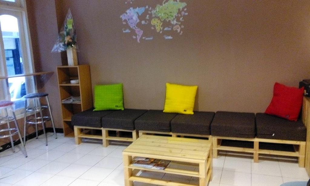 Cek Promo Hotel 83884913 rekomendasi hotel hotel surabaya