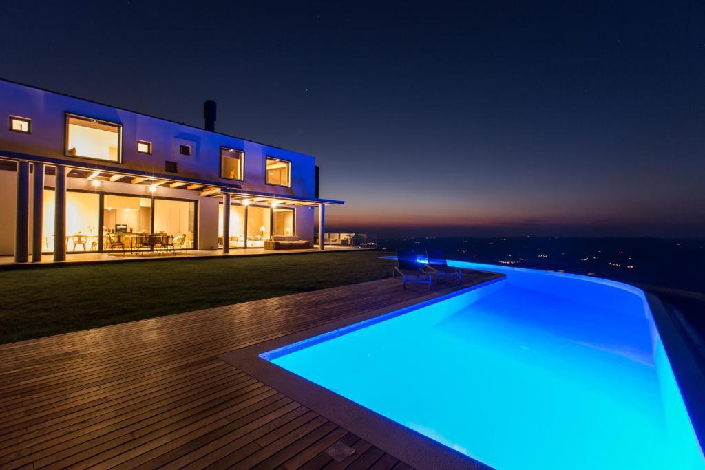Villa vista zamask croatia for Villas vista suites