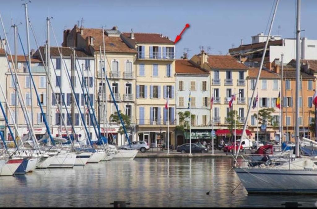Appartement sublime t4 design au bord de la mer frankrijk for Design appartement frankrijk