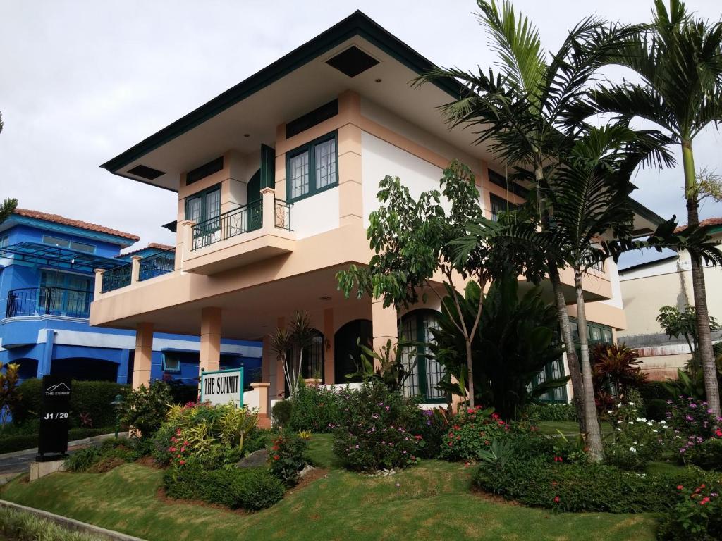 Villa Kota Bunga The Summit  Puncak  Indonesia