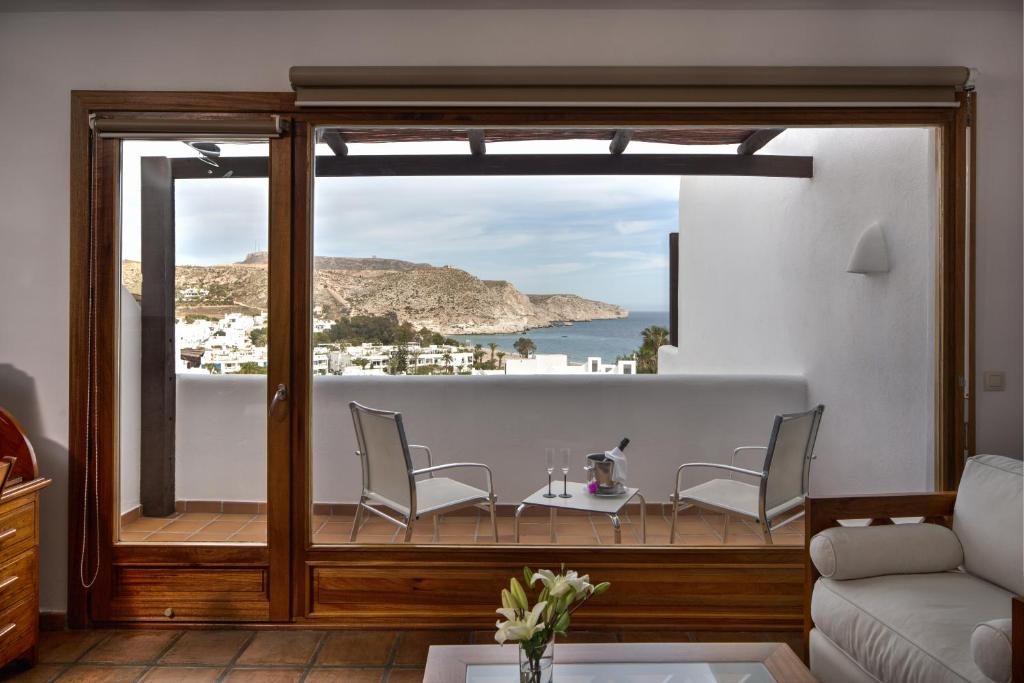 boutique hotels in agua amarga  47