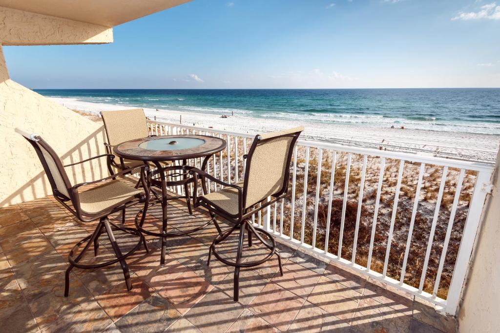 Island Echos Condominiums by Wyndham Vacation Rentals