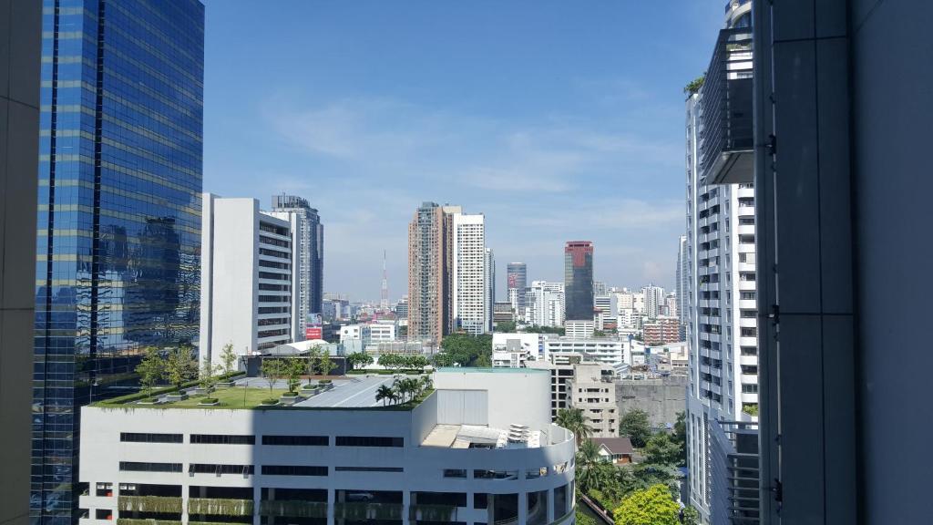 Apartments In Makkasan Bangkok Province