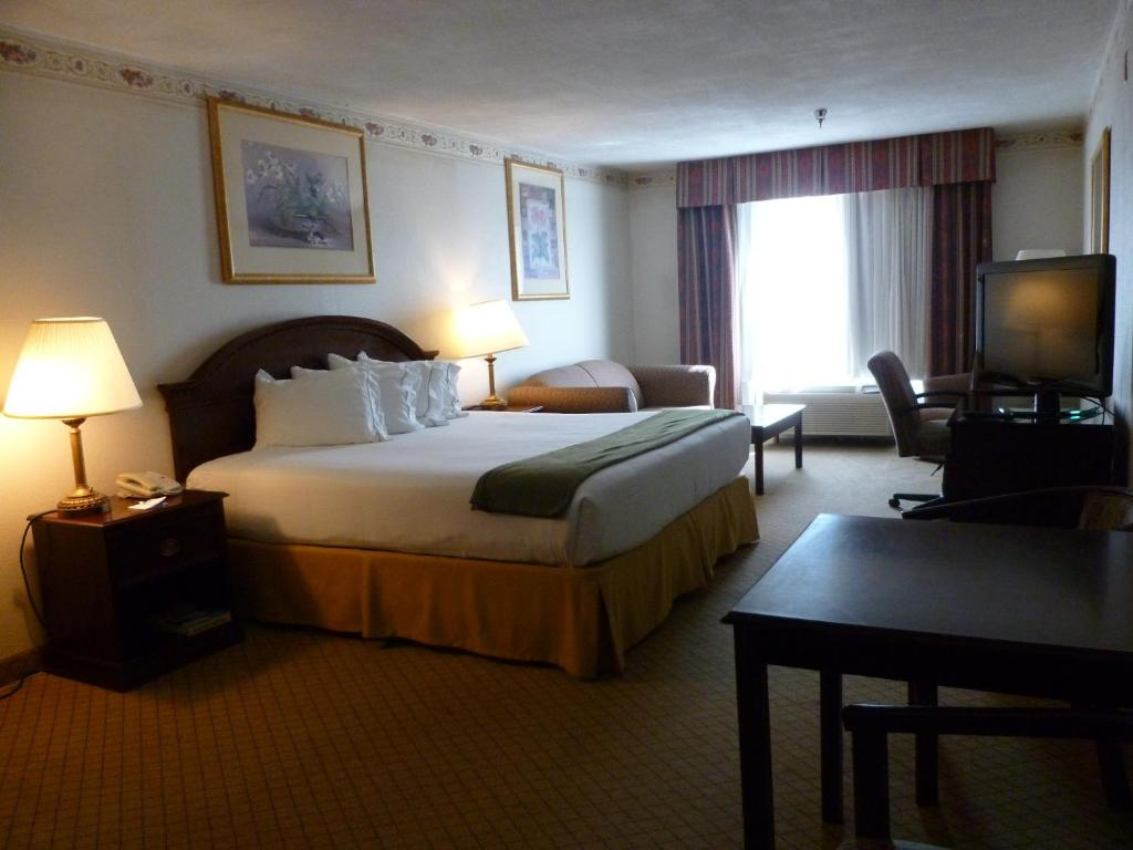 baymont inn suites montgomery al booking com