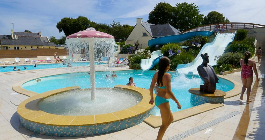 Nice Camping Du Poulquer