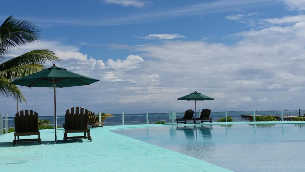 The swimming pool at or near Royal Caribbean Resort