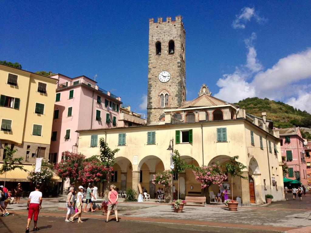 Apartment monterossohome monterosso al mare italy for Reservation hotel italie