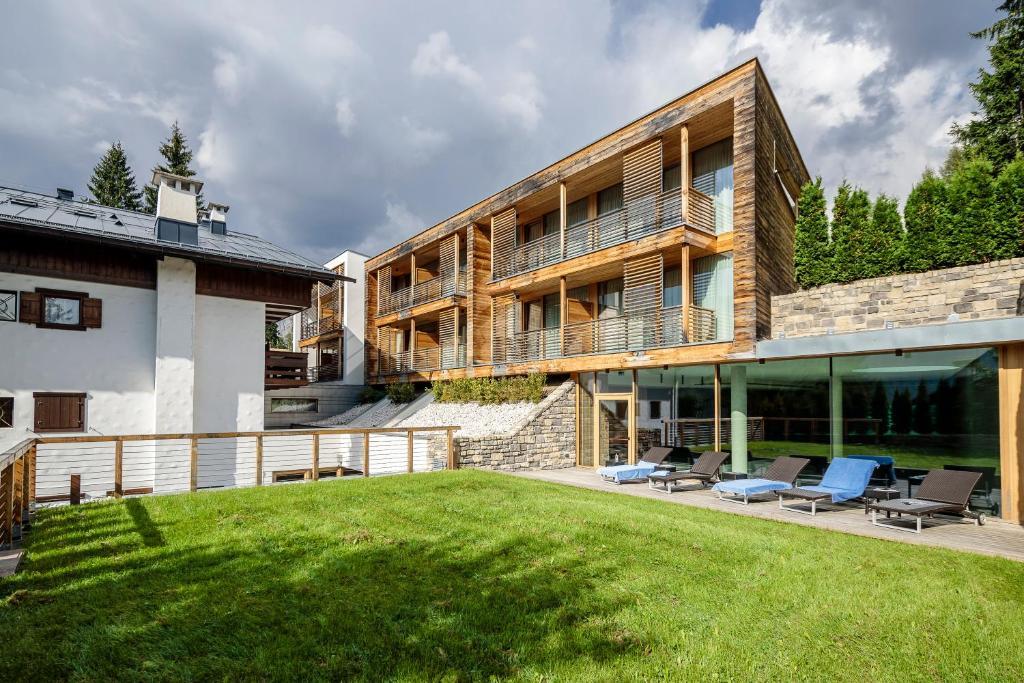 Air Service Center Cortina.Hotel Lajadira Spa Cortina D'ampezzo Italy Booking Com